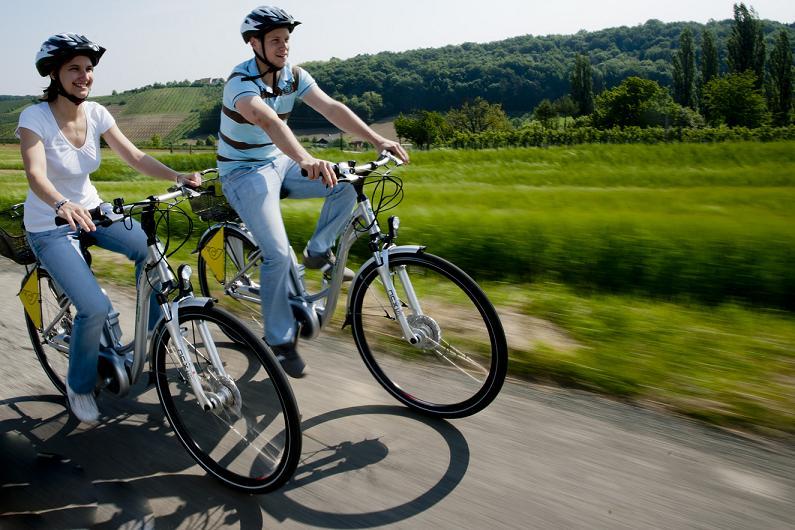 Napfényes nyaralás: Biciklizés Burgenlandba, Ausztria napsütötte részére!