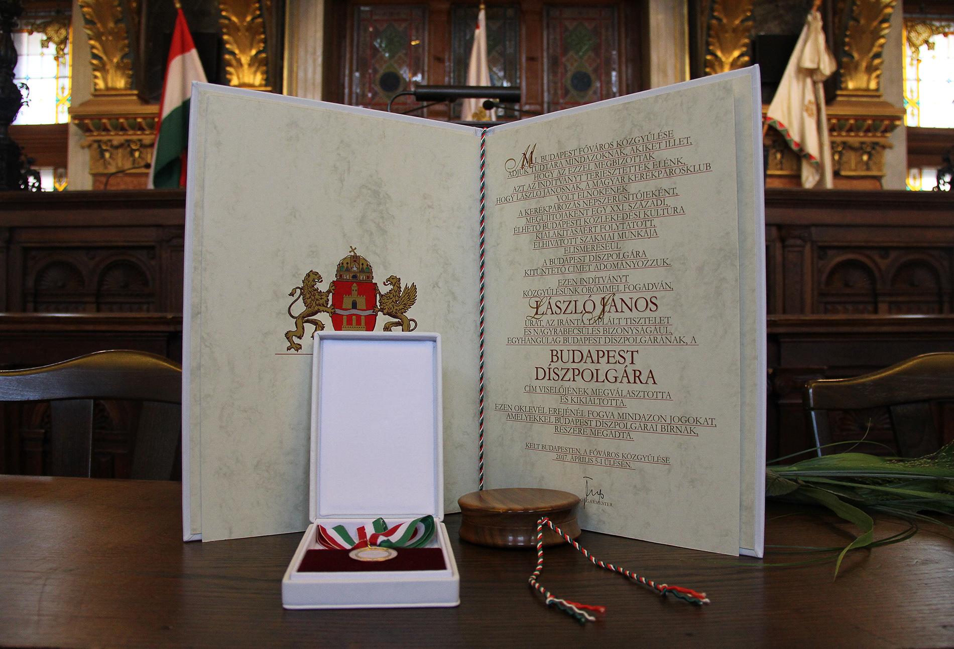 Posztumusz díszpolgári címet kapott Budapesttől László János