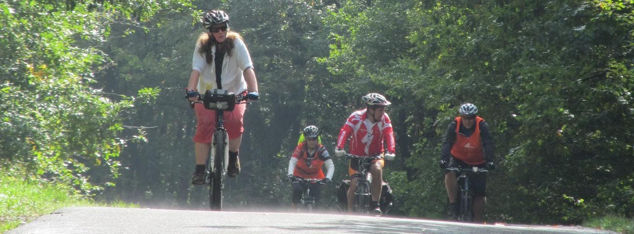 Kerékpáros kalandozás a Börzsöny és a Katalin-völgy határán