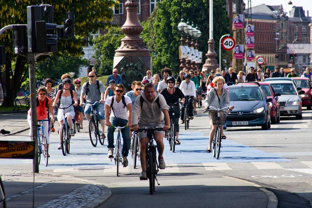 Többen járnak biciklivel Koppenhága belvárosában, mint ahányan autóval