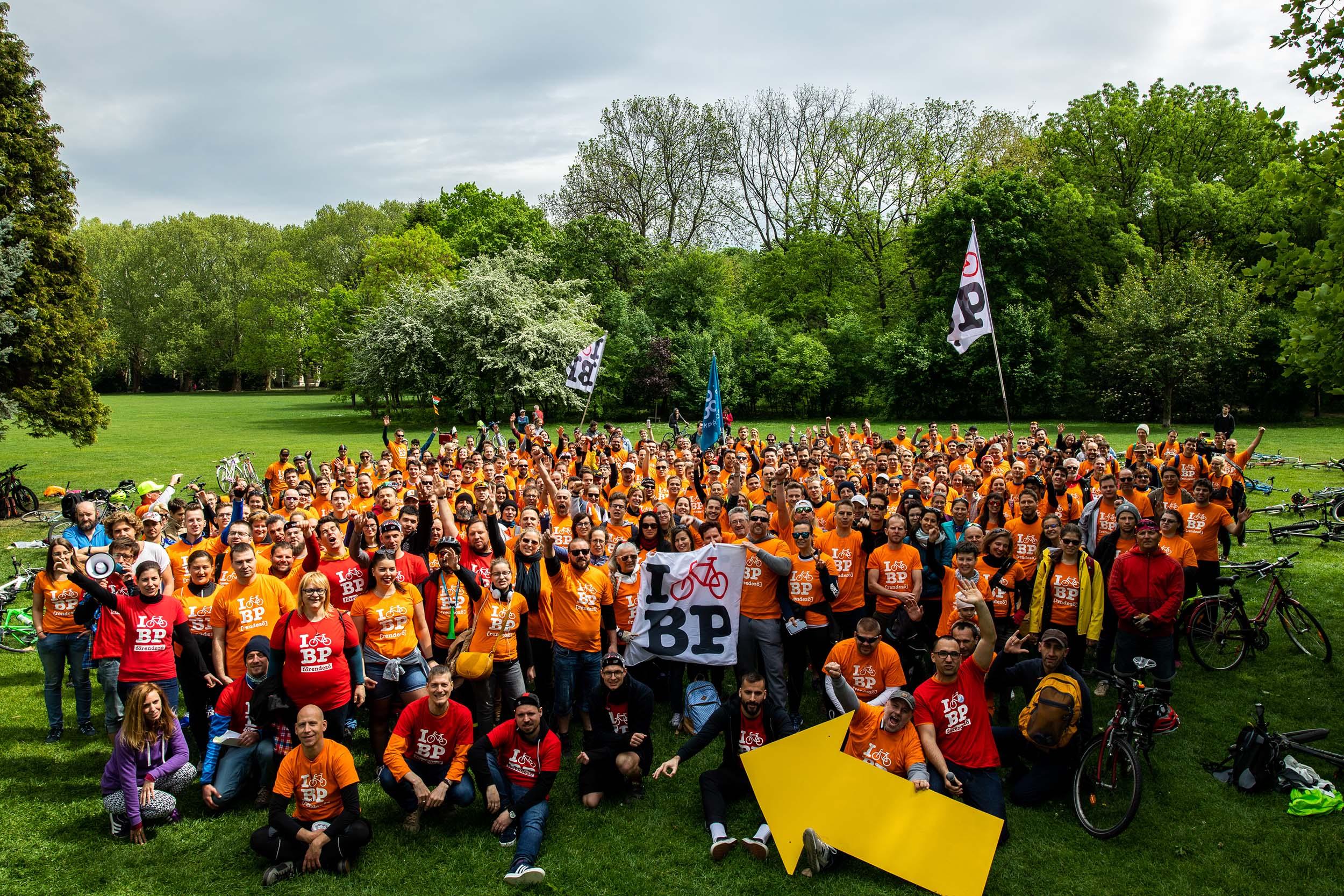 300 rendezőt keresünk az I Bike Budapest felvonulásra!