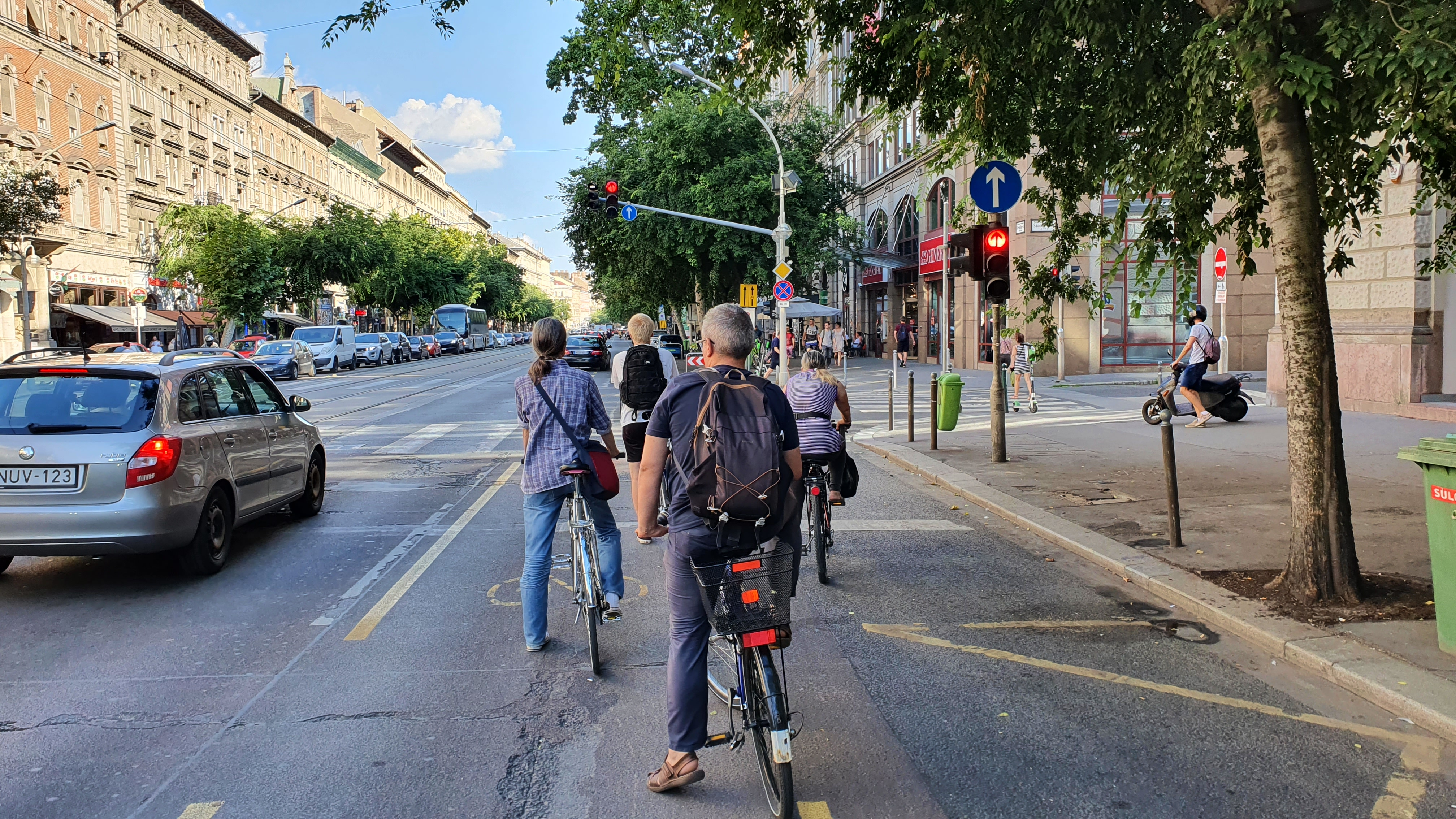Előadásokat tartottunk a kerékpáros közlekedés vírushelyzet alatti változásairól